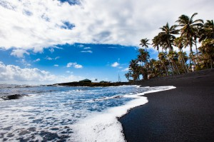 "Hawaii ""Big Island"" - Punaluu Black Sand Beach"